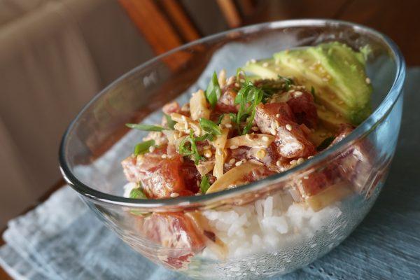 Poke bowl recipe, poke, poke bowl, spicy tuna, spicy ahi tuna poke, spicy ahi tuna poke bowl, how to make a poke bowl